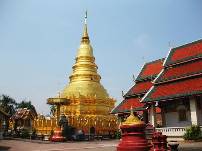 Half day Hariphunchai Kingdom  ,Lamphun