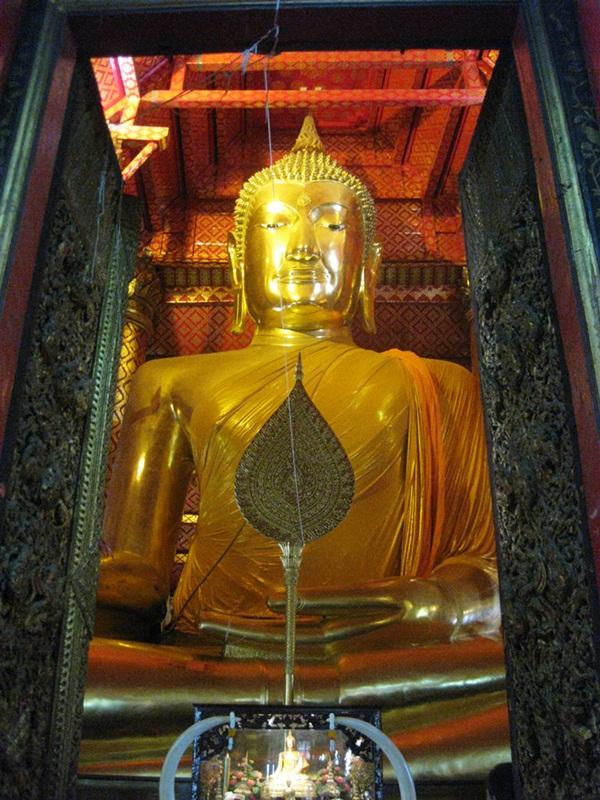 7 Days Bangkok + Kanchanaburi + Ayutthaya + Phitsanuloke + Sukhothai Historical Park + Lampang + Chiang Mai tour Around Trip.