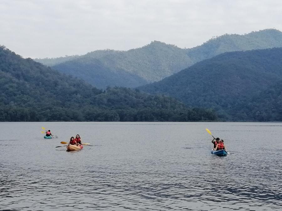 1 Day Mae Ngad Dam + Floating House + Swimming + Kayaking + Sticky Waterfall Chiang Mai Tours